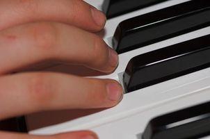 Comment jouer un accord cluster sur Piano