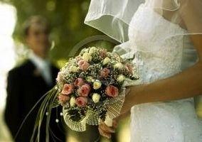 Comment Enveloppez un Bouquet de Roses